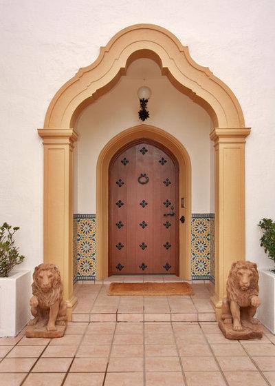 Mediterranean Entry by Jackson Design & Remodeling