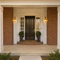 Traditional Entry by Gray Hawk Construction