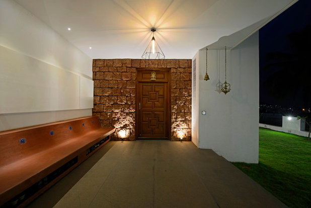 Transitional Entry by Architecture + Design Ankit Prabhudessai