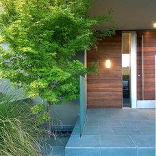 Modern Entry by slosardesign