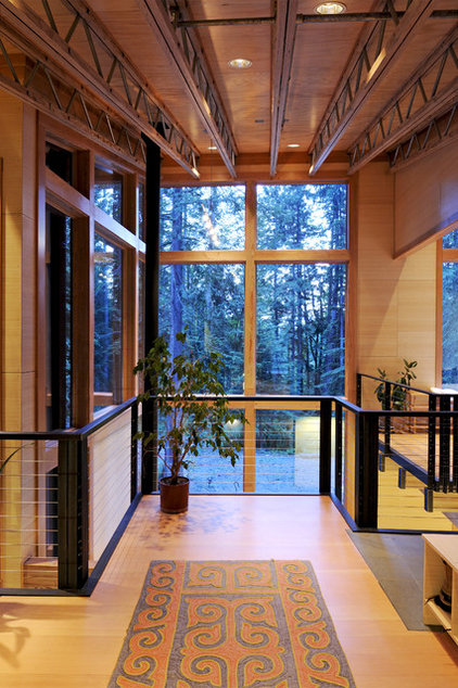 Contemporary Entry by Johnston Architects