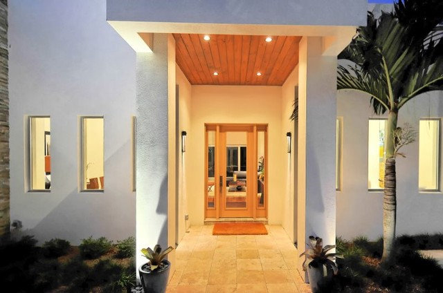 modern entry House on Bonita Court Sarasota FL