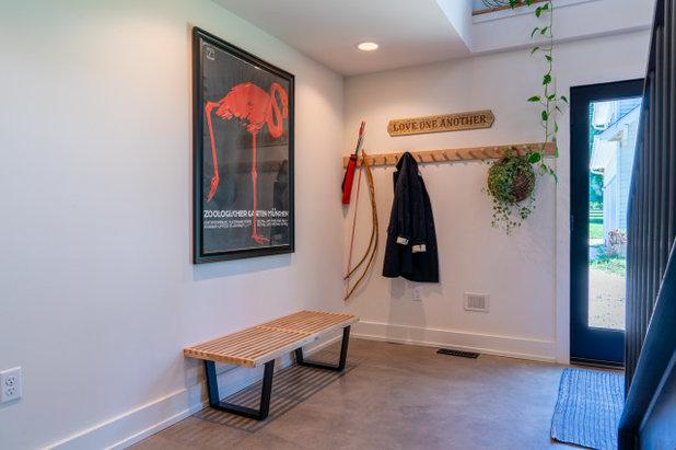 Farmhouse Entry by Franklin & Associates - Design/Build