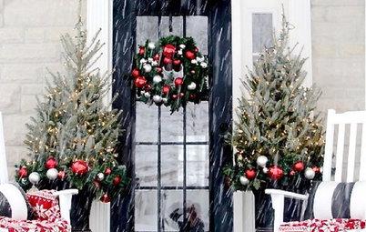 Photo Flip: 50 Festive Holiday Doors