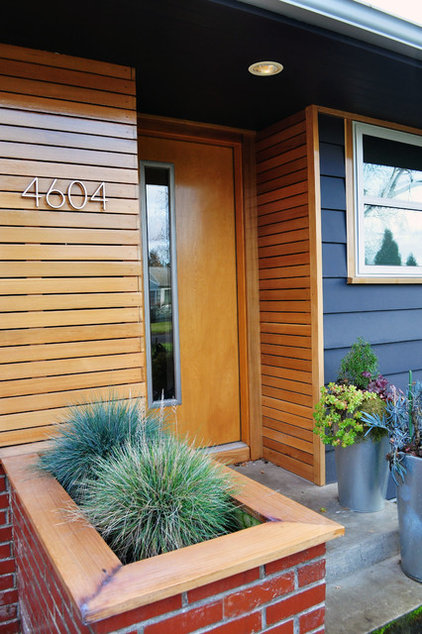 Midcentury Entry by Transom Design Build