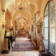 Traditional Entry by BRYANT DESIGN STUDIO