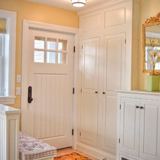 Traditional Entry by Gulfshore Design