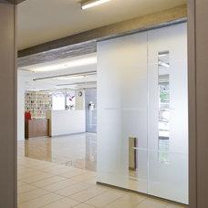 Modern Entry by Ernesto Santalla PLLC