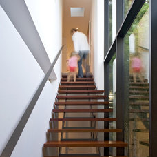 Modern Entry by Architects Magnus