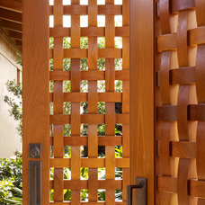 Tropical Entry by GM Construction, Inc.