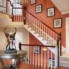 Contemporary Entry by KARLA TRINCANELLO-CID - INTERIOR DECISIONS, INC.