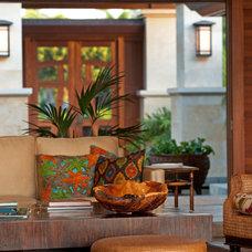Tropical Entry by Eklektik Interiors