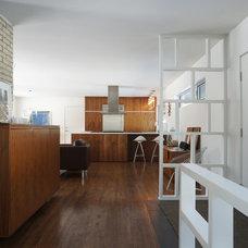 Modern Entry by John Dwyer Architect