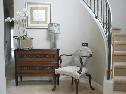 Traditional Entry by Kelly Scanlon Interior Design