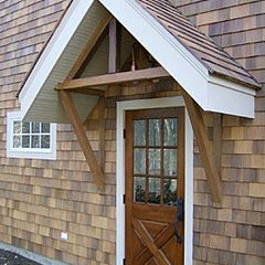 traditional entry by Kevin Quinlan Architecture LLC