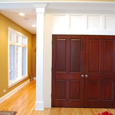 Traditional Entry by Midwest Construction Company of Barrington Inc