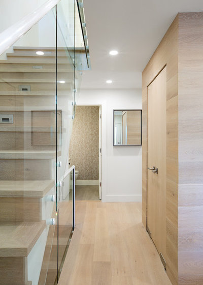 Transitional Entry by Form Collective