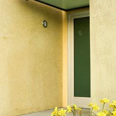 Modern Entry by KIYOHARA & MOFFITT