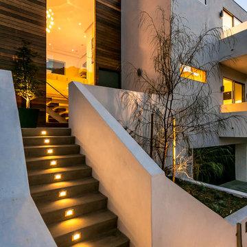 Knobhill: Sherman Oaks Modern New Home