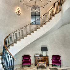 Contemporary Entry by Parker House Inc.