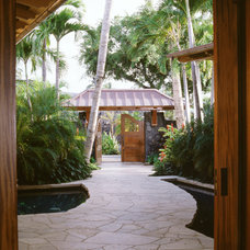 Tropical Entry by Hamill Creek Timber Homes