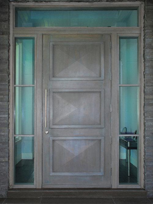 Craftsman front door design ideas remodels photos with black walls - Black craftsman front door ...