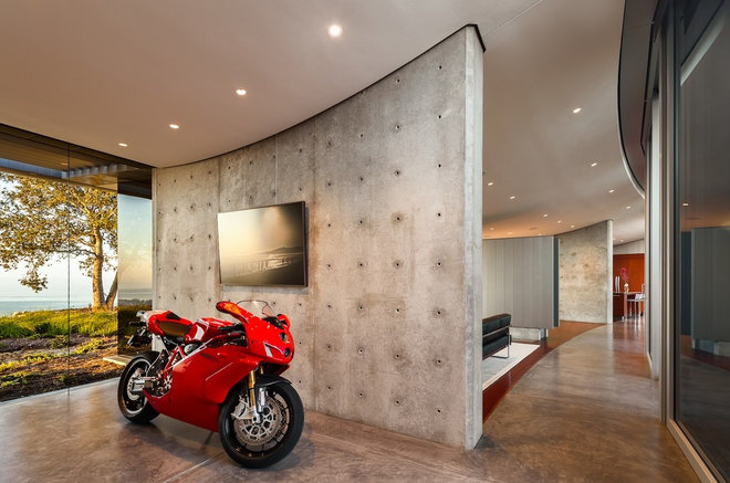 Modern Entry by Neumann Mendro Andrulaitis Architects LLP