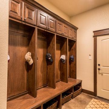 Kyllonen Cabinets