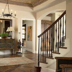 eclectic entry by L. Cramer Builders + Remodelers