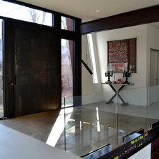 Modern Entry by Merzbau Design Collective