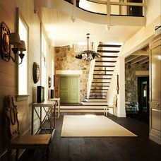 Rustic Entry by Bill Ingram Architect, LLC