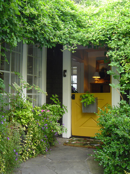Eclectic Exterior by Roberta Brown Root Design