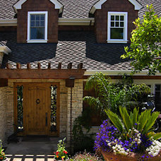 Traditional Entry by Simpson Design Group Architects