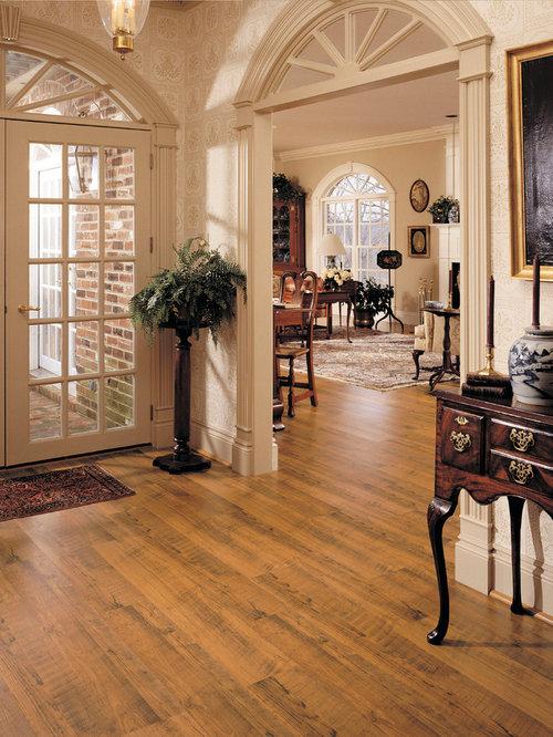Laminate Entryway Flooring Ideas: 75 Trendy Traditional Entryway With Laminate Floors Design