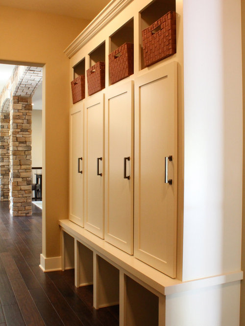 50 Best Rustic Boot Room with Yellow Walls Pictures - Rustic Boot ...