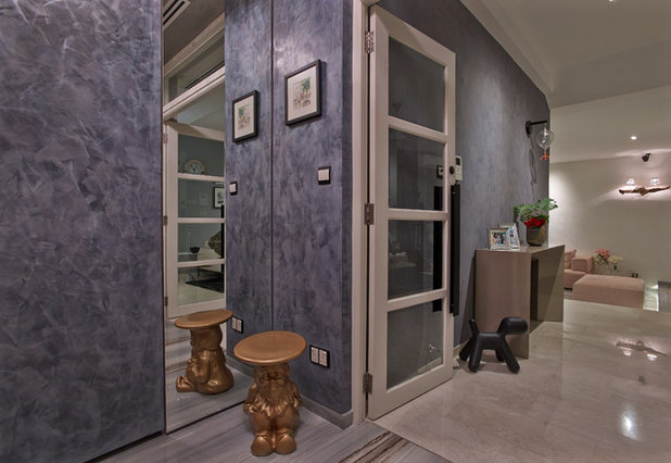 Contemporary Entry by Cube Associate Design