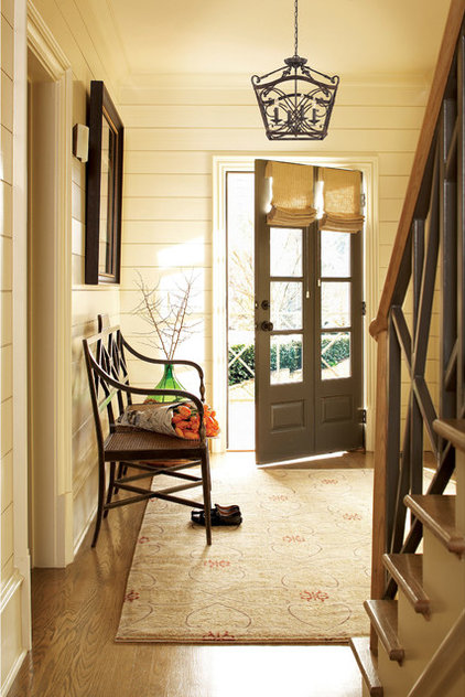 Farmhouse Entry by Illuminations