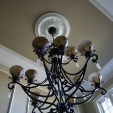 Traditional Entry by Diana Dyer  Diana M Dyer Design Services LLC