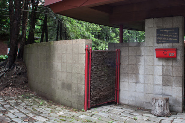 Midcentury Entry by Jason Snyder