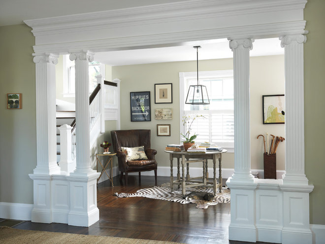 Traditional Entry by Kate Jackson Design