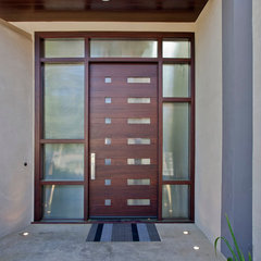 modern entry by Elevation Architects