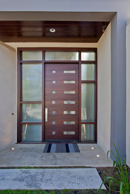 Contemporary Entry by Elevation Architects