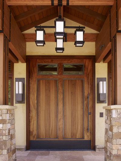 Craftsman Entry by Conrado - Home Builders