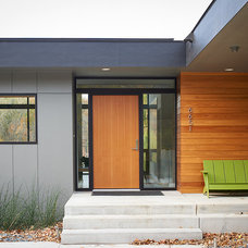 Contemporary Entry by CHRISTIAN DEAN ARCHITECTURE, LLC