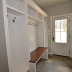 Mudroom W Built In Dog Crate Dog Cage Dog Bed