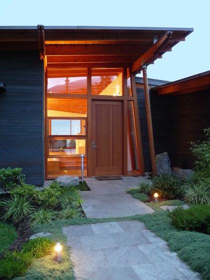 Midcentury Exterior by James Paul Architect