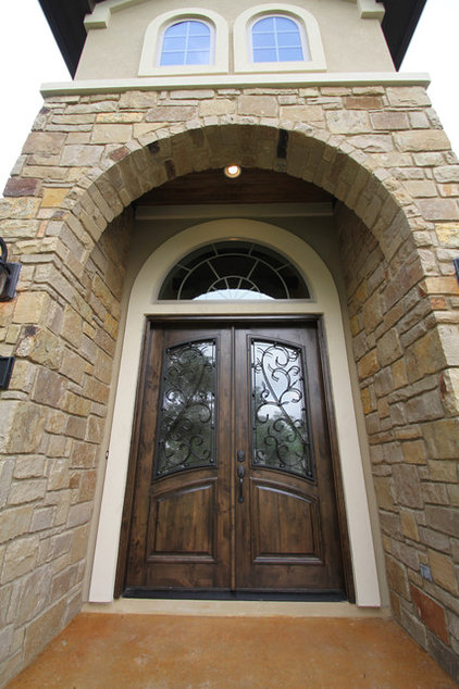 Traditional Entry by Innovation Luxury Homes