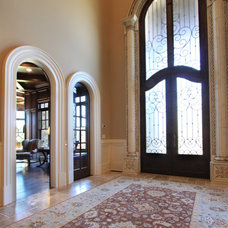 Traditional Entry by Alex Custom Homes, LLC