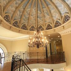 Traditional Entry by Alex Custom Homes, LLC