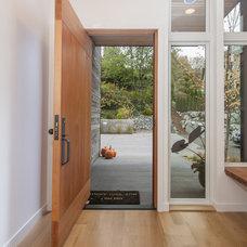 Contemporary Entry by Ryan Rhodes Designs, Inc.
